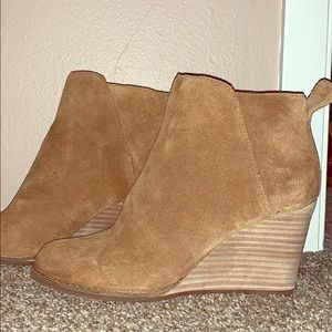 Lucky Wedges